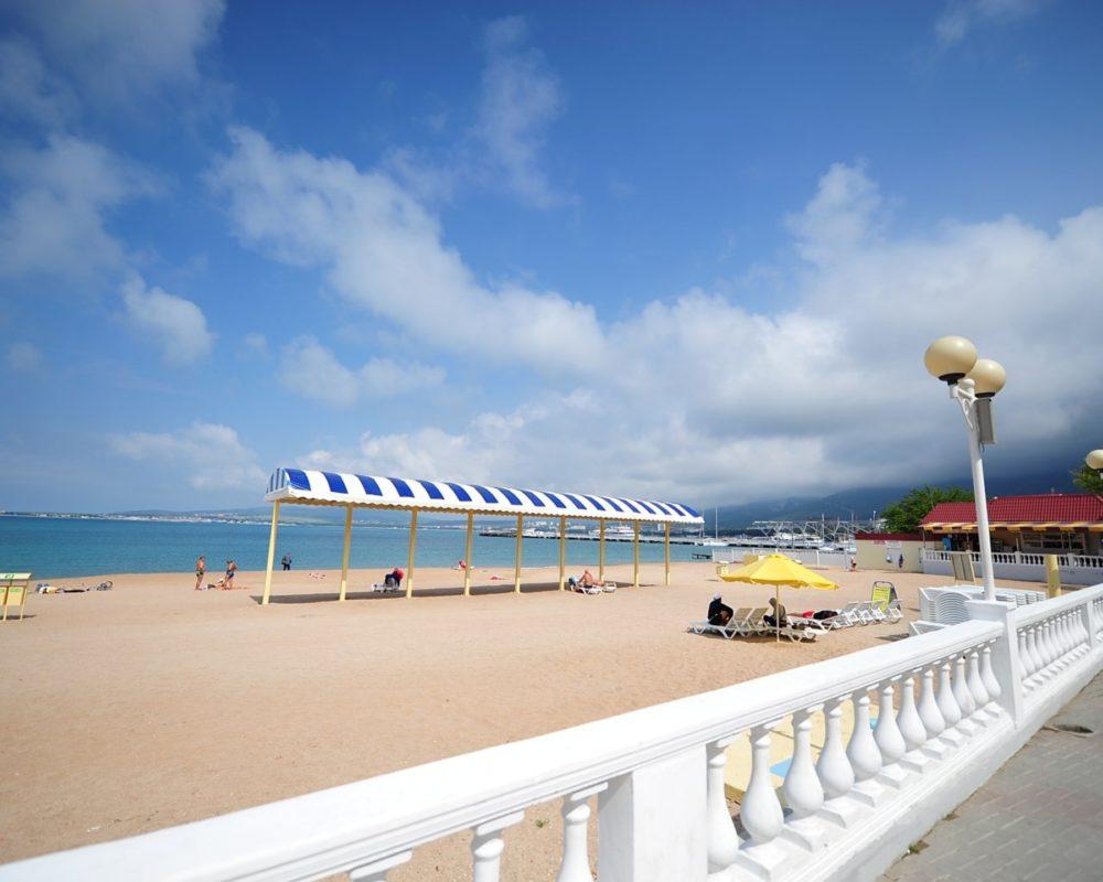 Фото пляжей и моря геленджик 2018